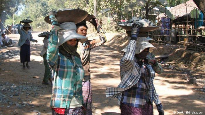 Myanmar Wahlen Straße in Kawhmu
