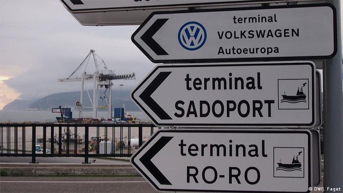 Portugal Setubal Hafen VW Export Schilder