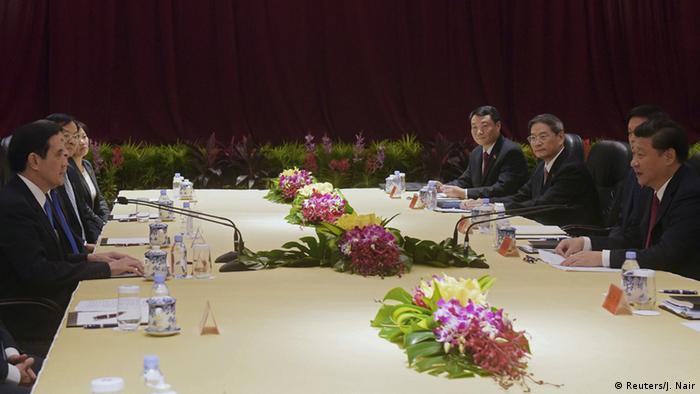 Aufnahme von der Delegation, die die Verhandungen zwischen Chian und Taiwan führ (Foto: Reuters)