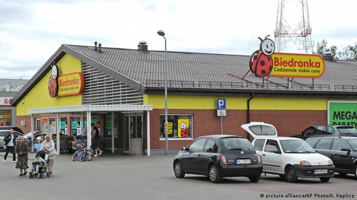 Polen Supermarkt Biedronka (picture-alliance/AP Photo/A. Keplicz)