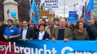 Άνοιγμα προς τους ψηφοφόρους του AfD φέρεται διατεθειμένη να κάνει η Άγκελα Μέρκελ