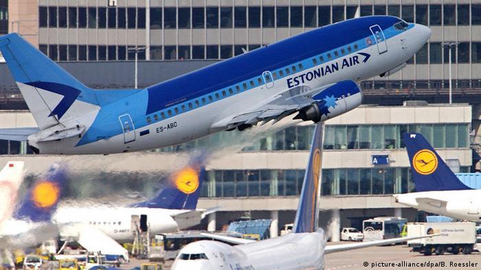 Самолет Estonian Air