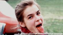 WITT_ZUNGE_RAU.JPG, OBERSTDORF, DEUTSCHLAND, Archivfoto ca. 1986, Katarina WITT, EISKUNSTLAUF,