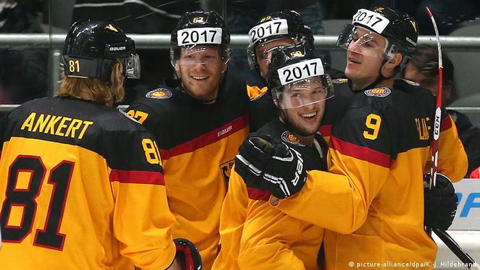 95d3c3b091e Marco Sturm′s Germany win the Deutschland Cup
