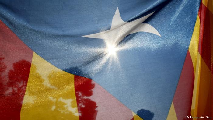 Spanien das Regionalparlament von Katalonien beschließt Abspaltung Symbolbild