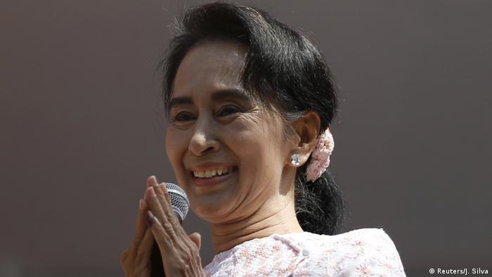 Myanmar Parlamentswahl Sieg Aung San Suu Kyi (Reuters/J. Silva)