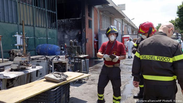 Inspekcija nakon požara jedne hale u lipnju 2014.