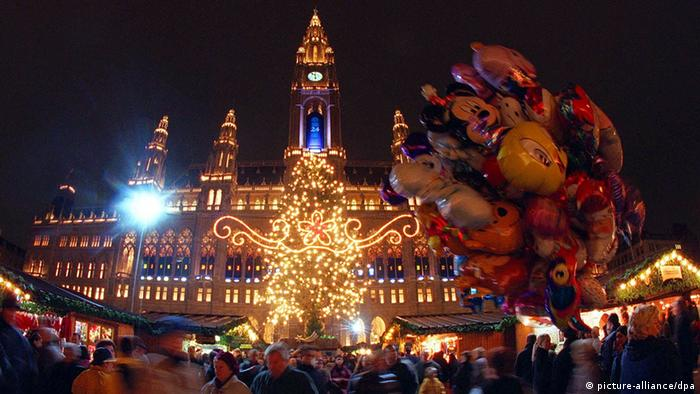 Weihnachten Weihnachtsmarkt Österreich Wien Rathaus