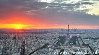 Das Paris der Edith Piaf. Foto: Kevin Kurek/dpa
