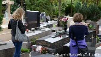 Das Grab von Édith Piaf auf dem Friedhof Père Lachaise in Paris