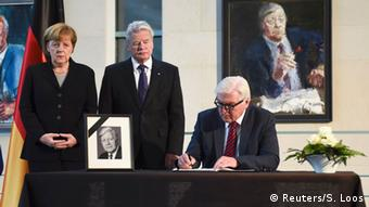 Deutschland Kondolenzbuch Helmut Schmidt
