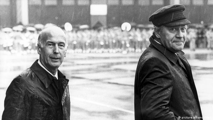هيلموت شميت وجيسكار ديستان في مدينة بادن بادن الألمانية في يوليو/ تموز 1980