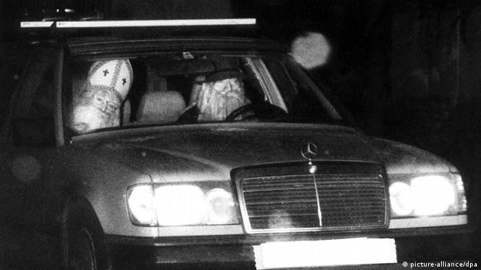 Von einer Radarkamera erfasster Pkw mit Nikolaus auf dem Beifahrersitz