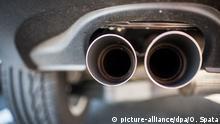 Deutschland Auspuff eines VW Tiguan in Wolfsburg