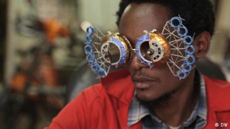 Screenshot DW Africa on the move Beitrag Cyrus Kabiru