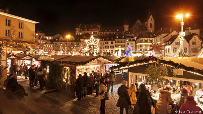 Schweiz Basel Weihnachtsmarkt