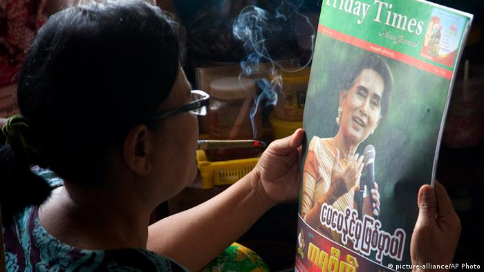 Myanmar Parlamentswahl Sieg Aung San Suu Kyi Presse Zeitung