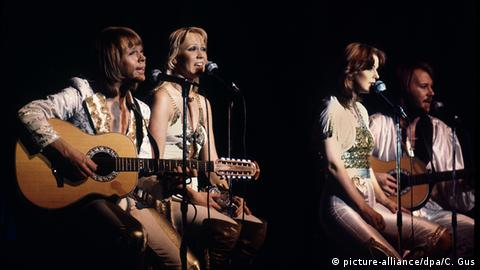 Abba 1977 (picture-alliance/dpa/C. Gus)