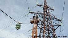 2.5.2013 *** 1364071 Russia, Groznyi. 02/05/2013 A Nurenergo team works on repairing damaged equipment. Said Tcarnaev/RIA Novosti Copyright: picture-alliance/dpa/S. Tcarnaev