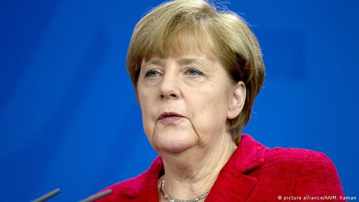 Deutschland Berlin Bundeskanzlerin Angela Merkel