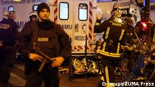 14.11.2015 Nov. 14, 2015 - Paris, France - CORBIS OUT = Victims of the shooting at the Bataclan concert venue in central Paris are being evacuated to receive first aid. More than one hundred people were killed and many more wounded when gunmen opened fire inside the venue as the French capital has been the target of a series of deadly attacks. Paris France PUBLICATIONxINxGERxSUIxAUTxONLY - ZUMAv111 Nov 14 2015 Paris France Corbis out = Victims of The Shooting AT The BATACLAN Concert Venue in Central Paris are Being evacuated to receive First Aid More than One Hundred Celebrities Were KILLED and MANY More Wounded When gunmen opened Fire Inside The Venue As The French Capital has been The Target of a Series of Deadly Attacks Paris France PUBLICATIONxINxGERxSUIxAUTxONLY ZUMAv111 Copyright: Imago/ZUMA Press