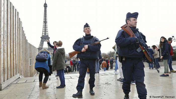 Frankreich Polizei Sicherheitskräfte (Reuters/Y. Herman)