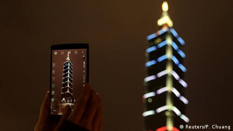 Solidaritätswelle für Frankreich Taiwan
