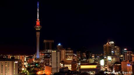 Neuseeland Auckland Sky Tower Solidarität Frankreich