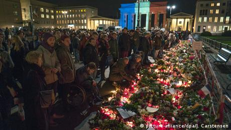 Frankreich Paris Anschlag Gedenken Italien