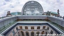 Berlin Reichstagsgebäude mit Glaskuppel