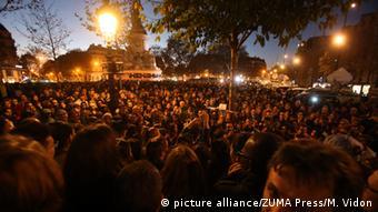 Frankreich Gedenken nach Terroranschlag am Platz der Republik