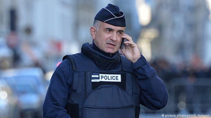 Frankreich Gedenken nach Terroranschlag Notre Dame Polizist