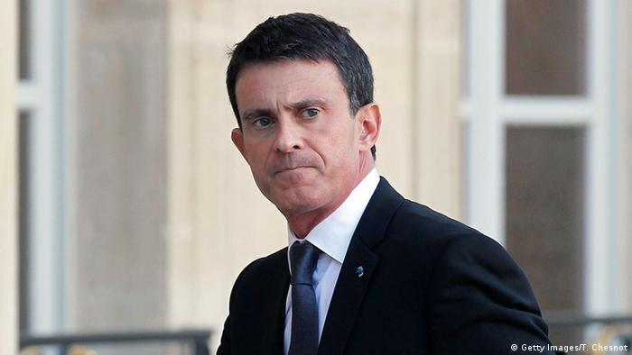 French Prime Minister Manuel Valls arrives at the Elysee Presidential Palace for a meeting after the Paris attacks