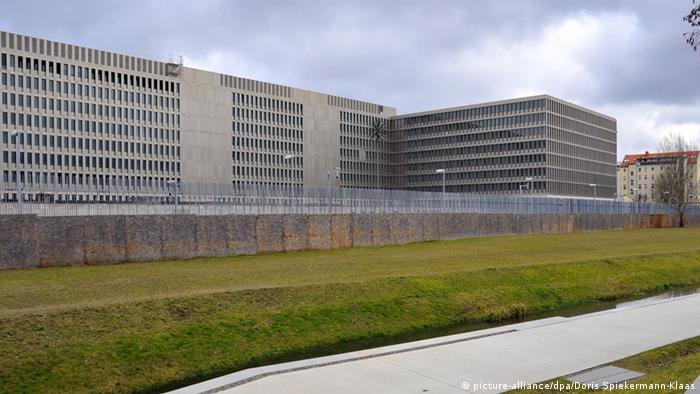 Deutschland Zentrale des Bundesnachrichtendienstes in Berlin (picture-alliance/dpa/Doris Spiekermann-Klaas)