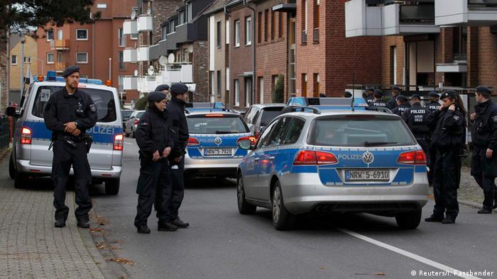 La Policía alemana detuvo a cinco personas en Alsdorf, cerca de Aquisgrán.