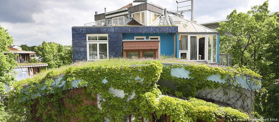 Telhado verde do arquiteto Frei Otto, no centro berlinense