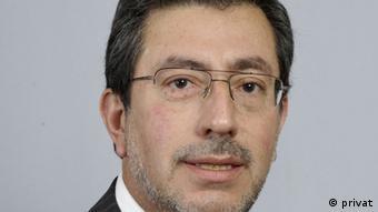 Guillermo Holzmann, politólogo chileno
