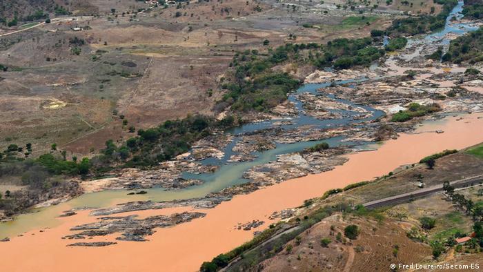 Brasilien Staudammbruch bei Mariana Rio Doce