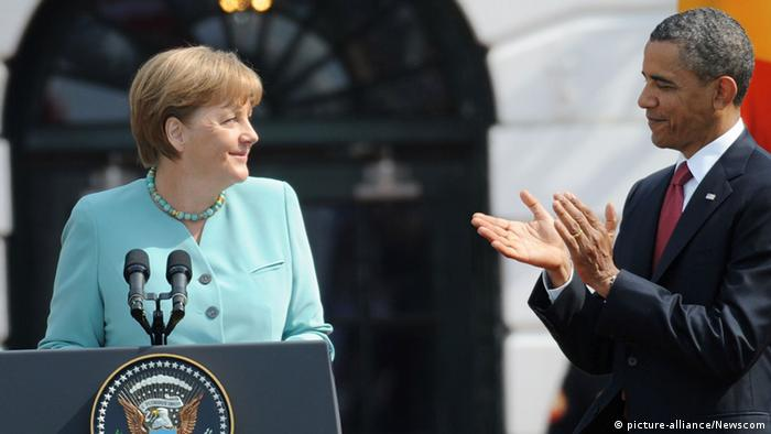 USA Barack Obama Angela Merkel vor dem Weißen Haus in Washington (picture-alliance/Newscom)