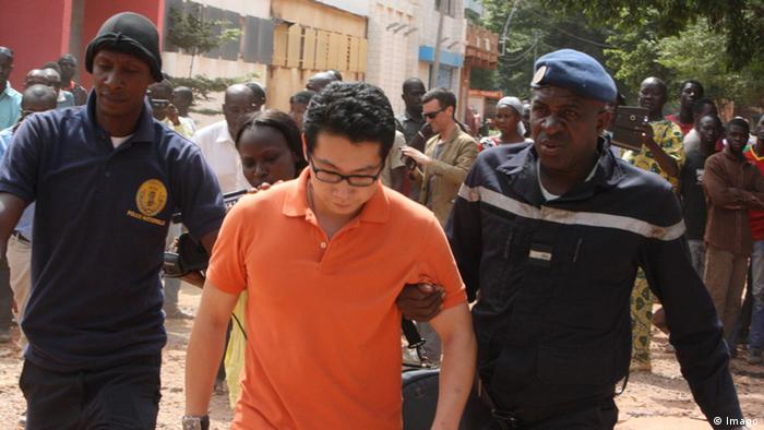 A Chinese hostage being freed by Malian security forces