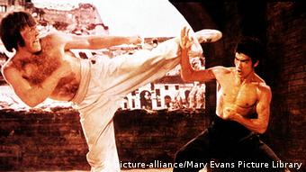 Schauspieler Bruce Lee (picture-alliance/Mary Evans Picture Library)