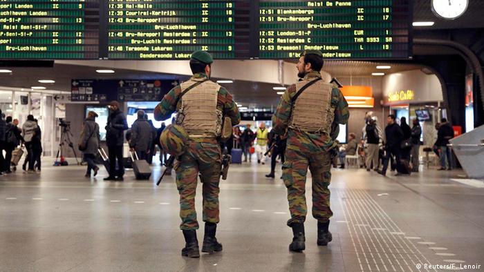 Brüssel Höchste Terrorwarnstufe Sicherheitskräfte