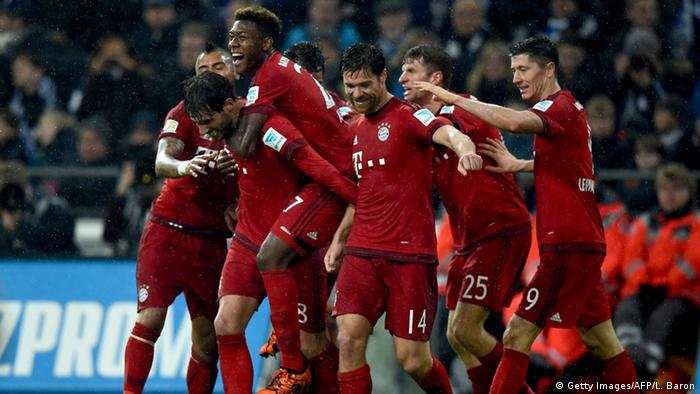 Bayern-Jubel um Torschütze Martinez (2.v.l.). Foto: Getty Images