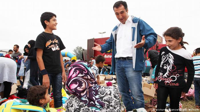 Deutschland Heidenau Flüchtlinge - Cem Özdemir
