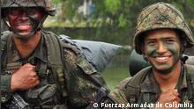 Kolumbianische Soldaten Titel: Die kolumbianische Armee, sowie die Polizei des Landes kämpf an verschiedensten Fronten gegen linke Guerrillas, sowie Paramilitärs und Mafias von Drogenhändler, die oft aus diesen beiden Gruppen bestehen. Copyright liegt bei Fuerzas Armadas de Colombia