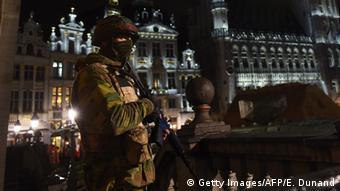 وضعیت فوقالعاده در بلژیک که از جمعه گذشته اعلام شده بود پس از نشست شورای امنیت ملی این کشور در روز دوشنبه تمدید شد.