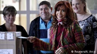 Cristina Fernández de Kirchner, presidenta saliente, durante la votación, el 22 de noviembre de 2015.