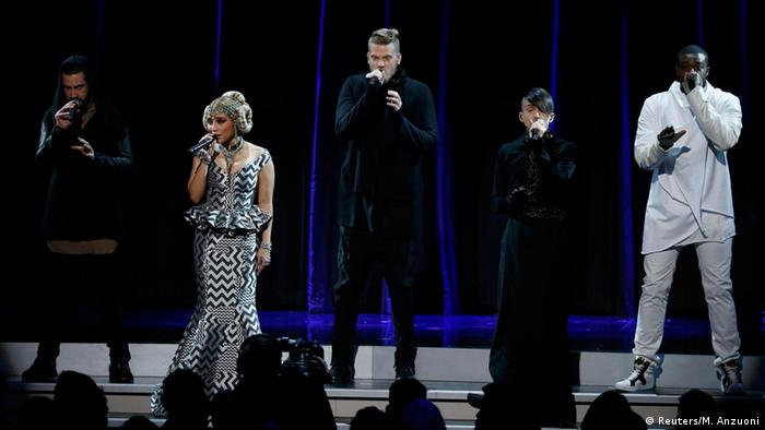 American Music Awards 2015 Pentatonix