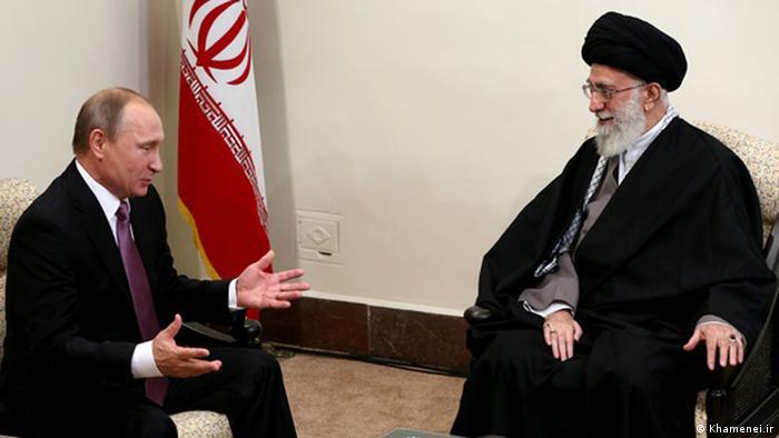 Der russische Präsident Wladimir Putin (l) und das geistliche Oberhaupt des Iran, Ayatollah Ali Chamenei (Foto: Khamenei.ir)