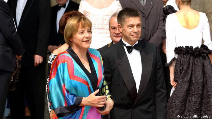 Deutschland Angela Merkel mit Joachim Sauer